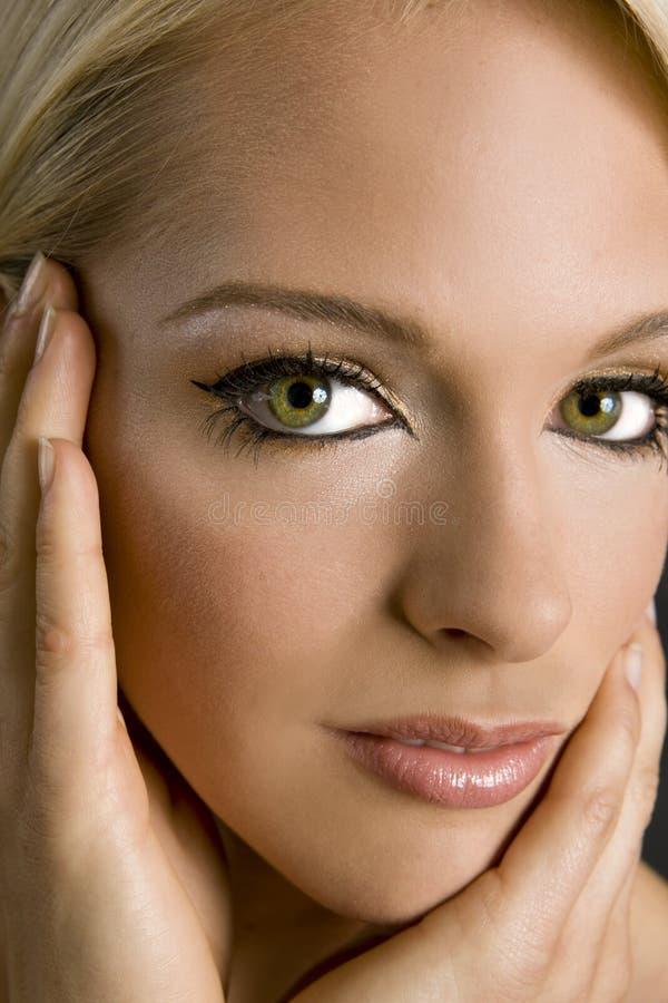 Download Elegante Frau stockbild. Bild von schön, abschluß, menschlich - 9080679