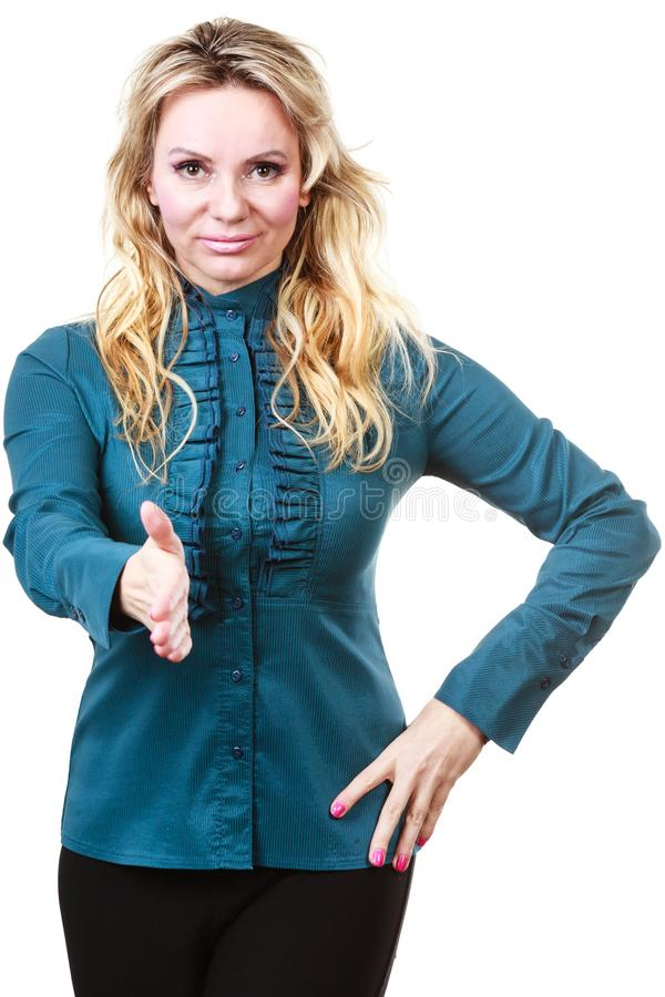 Elegante Frau, die Hand erreicht lizenzfreie stockbilder