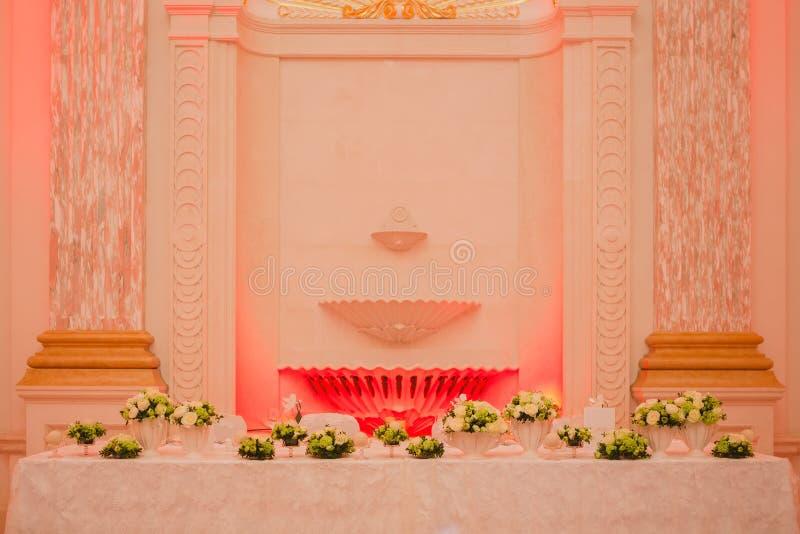 Elegante lijstopstelling voor huwelijksbanket royalty-vrije stock foto