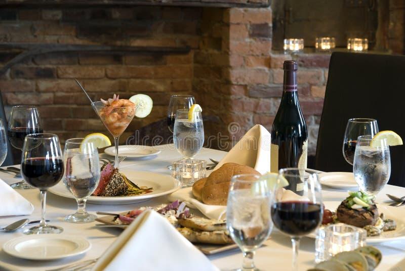 Elegante Mahlzeit zu Hause stockfoto