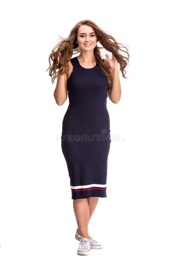 Elegante modieuze vrouw in blauwe kleding royalty-vrije stock foto