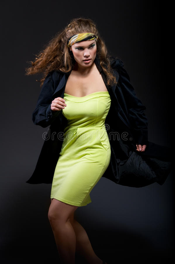 Elegante mooie vrouw stock foto