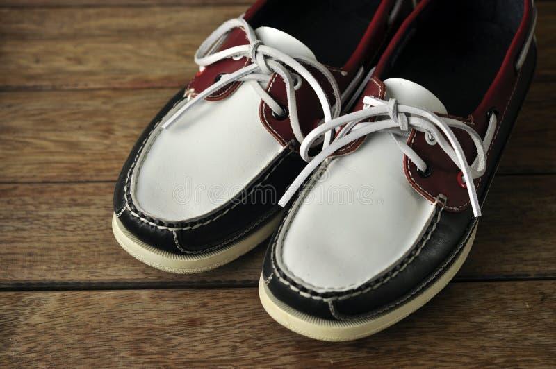 Download Elegante schoenen stock foto. Afbeelding bestaande uit mensen - 29508328