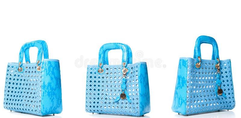 Elegante Türkislederfrau ` s Handtasche lokalisiert auf weißem backg lizenzfreies stockfoto