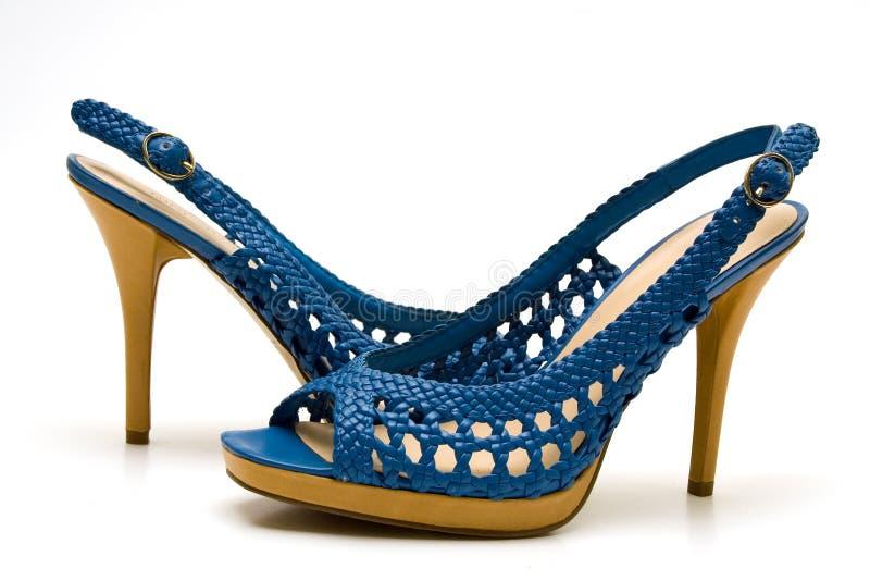 Elegante vrouwelijke schoenen stock foto's