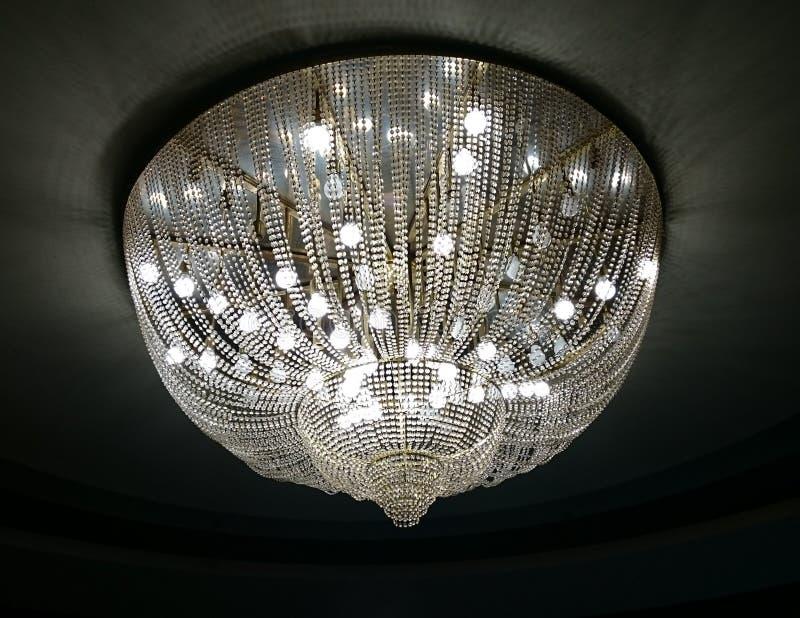 Eleganter Leuchter stockfoto
