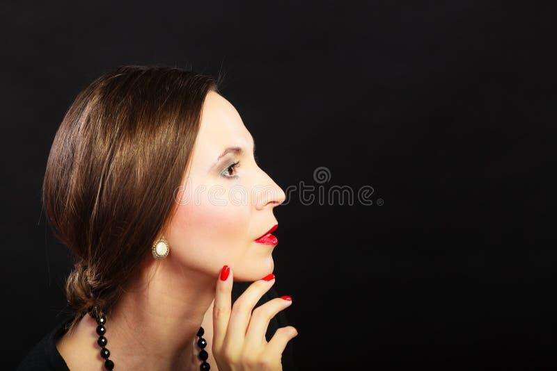 Elegantes Damenporträt der Retro- Frau stockfotos