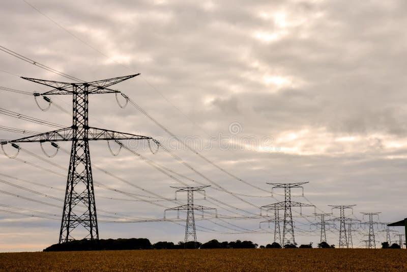 Elektriciteit Pylon Pool stock fotografie