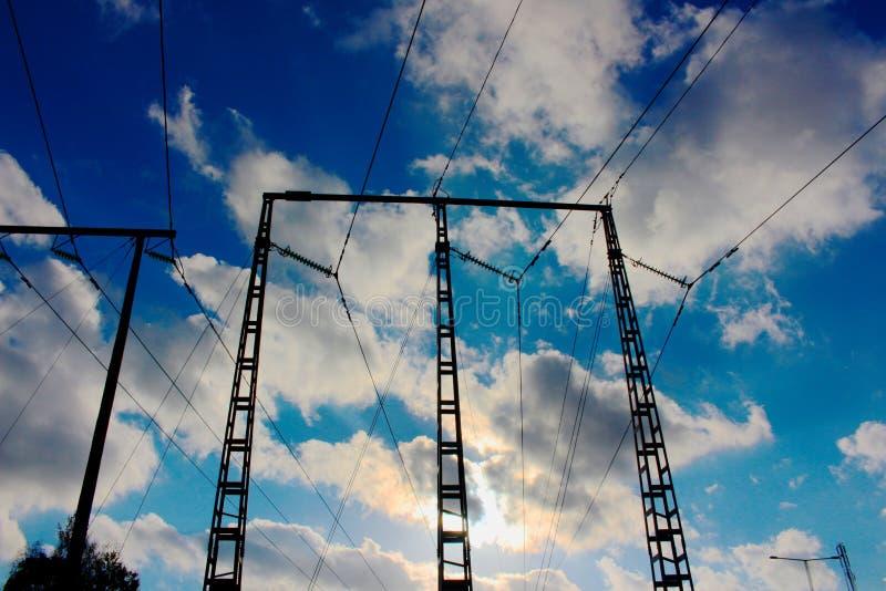 Elektriciteitsdraden stock afbeeldingen