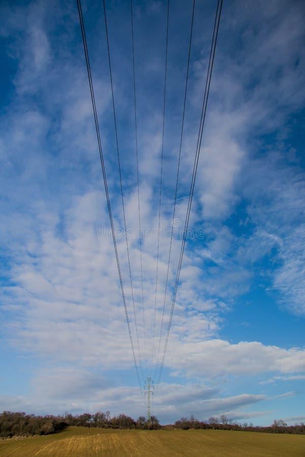 Elektriciteitsdraden royalty-vrije stock afbeelding