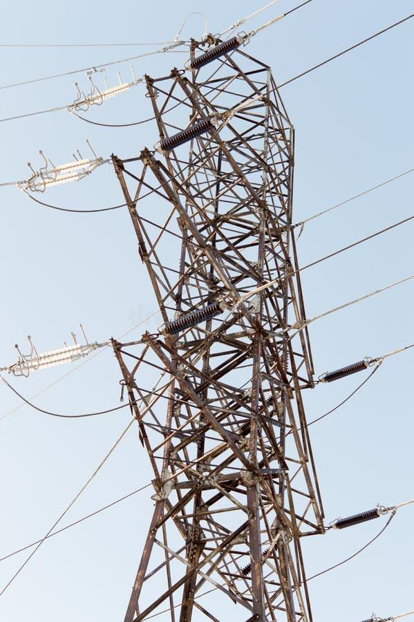 Elektriciteitspolen royalty-vrije stock fotografie