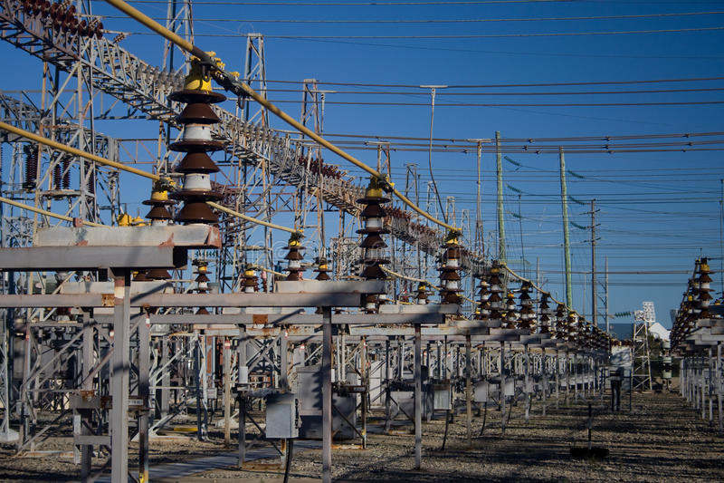 elektricitetsraster royaltyfri bild