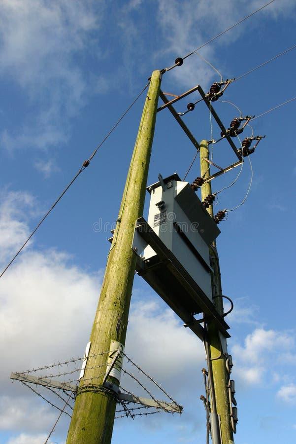Elektricitetstransformator Arkivbild