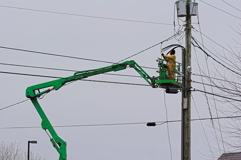 Elektriker auf Hochkonjunktur lizenzfreies stockfoto