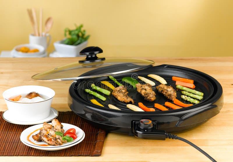 Elektrisch barbecuefornuis stock foto