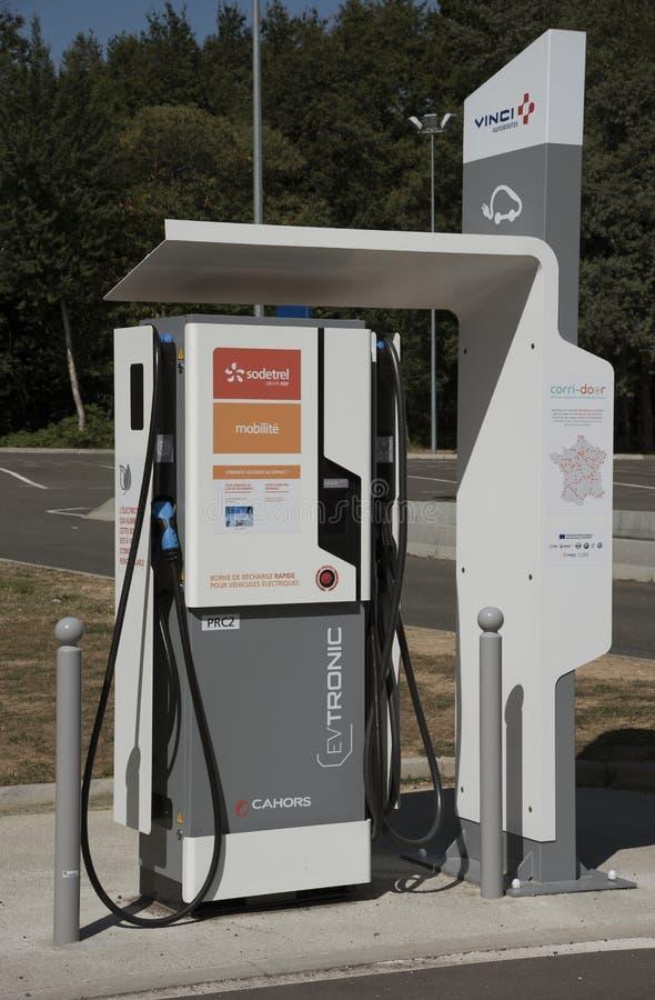 Elektrisch het laden punt voor auto's stock afbeelding