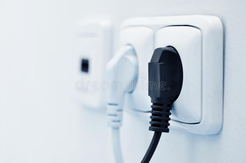 Elektrisch schließen Sie eine Einfaßung an stockfoto
