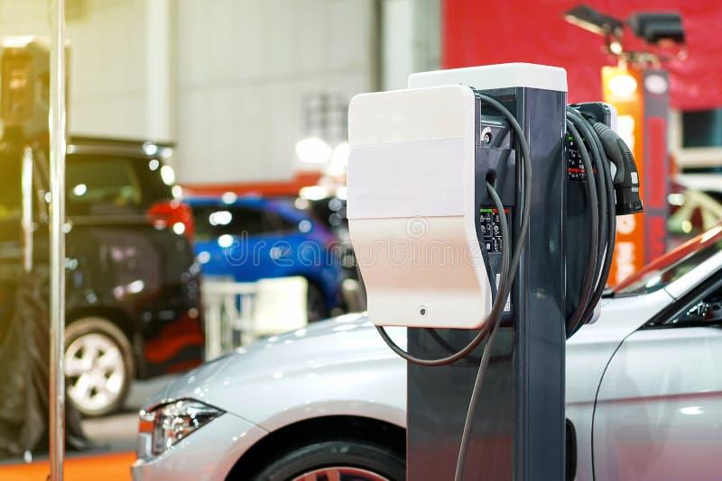 Elektrisch voertuig die Ev-post belasten met stop van de levering van de machtskabel voor Ev-auto stock foto