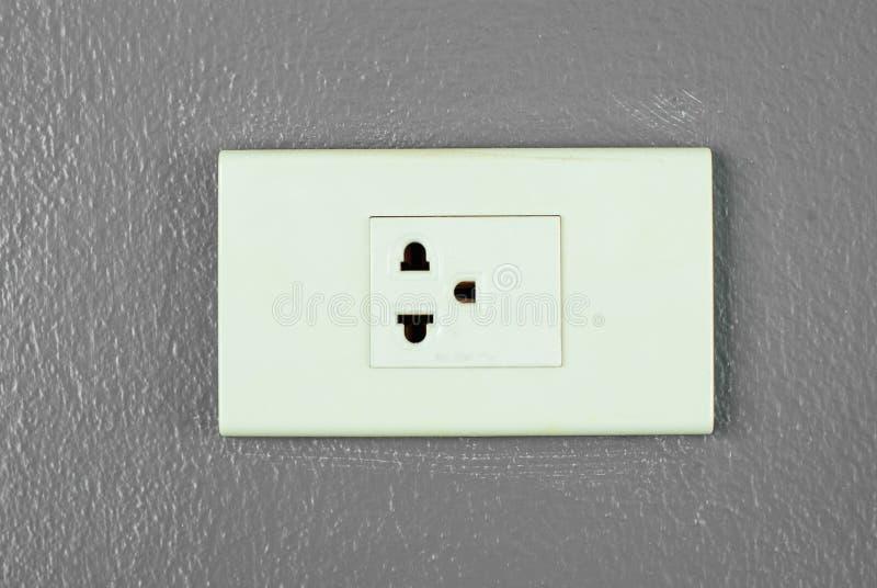 Elektrische afzet op de muur royalty-vrije stock afbeeldingen