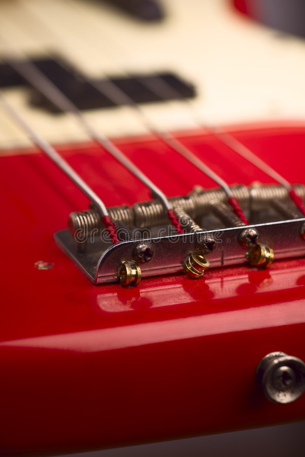 Elektrische Baß-Gitarrenbrücke lizenzfreie stockbilder