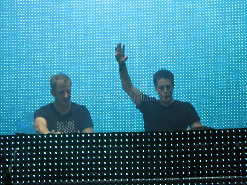 Elektrische Dansmuziek DJs stock foto's