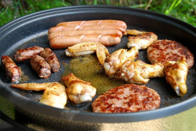 Elektrische de grillbarbecue van het vlees stock afbeeldingen