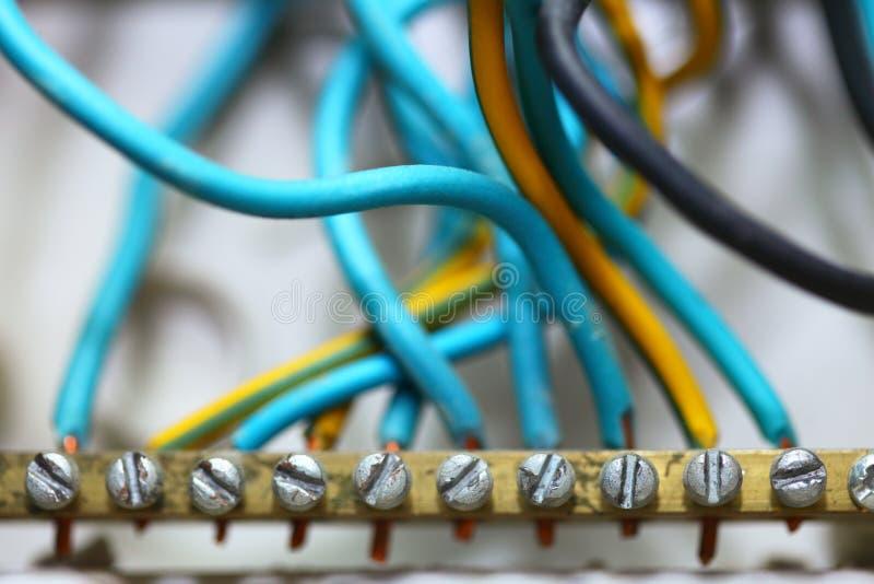 Elektrische Drähte An Der Baustelle Stockfoto - Bild von leitungen ...