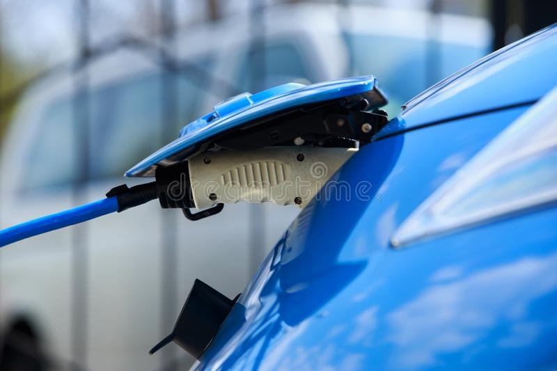 Elektrische Fahrzeugaufladung stockfotos