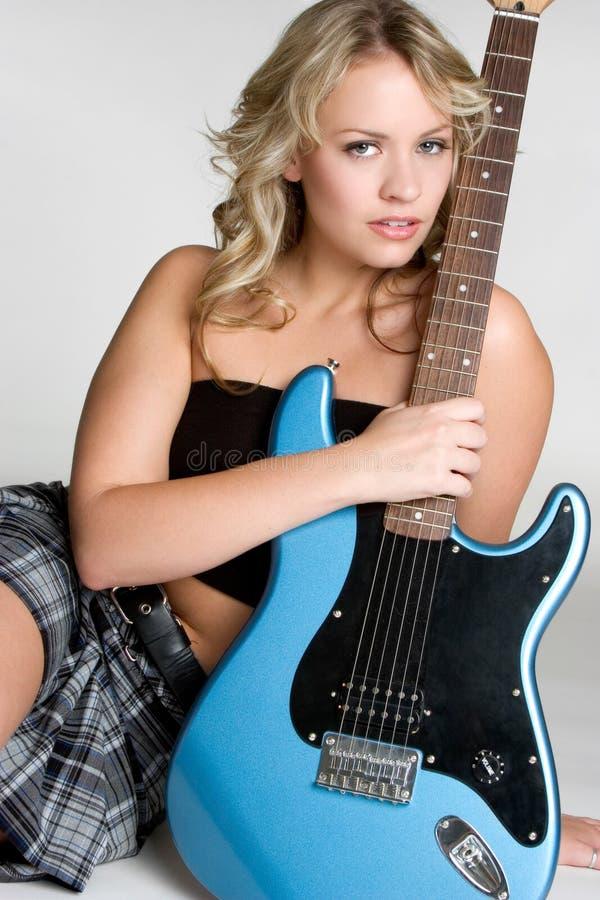 Elektrische Gitarren-Frau lizenzfreie stockfotografie