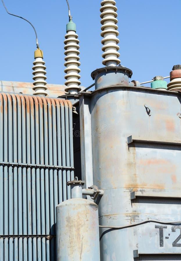 Elektrische Hochspannungsnebenstelle stockfoto