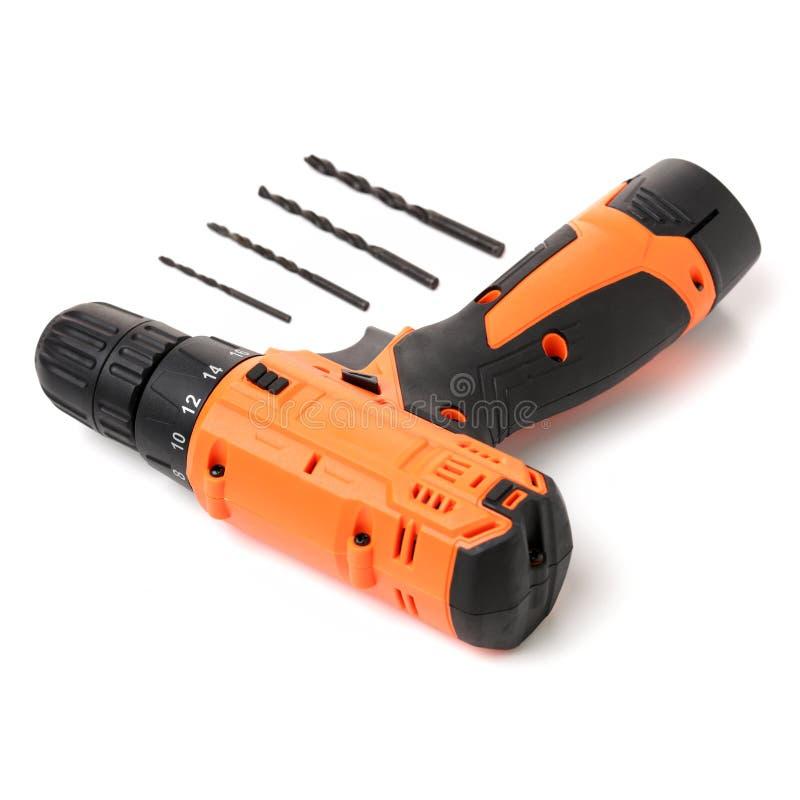 Elektrische Reparaturwerkzeuge, Bohrer und Bohrer, Bohrerpflasterstein lizenzfreie stockfotografie