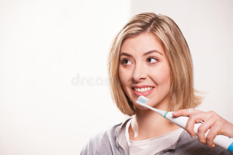 Elektrische tandenborstel stock foto