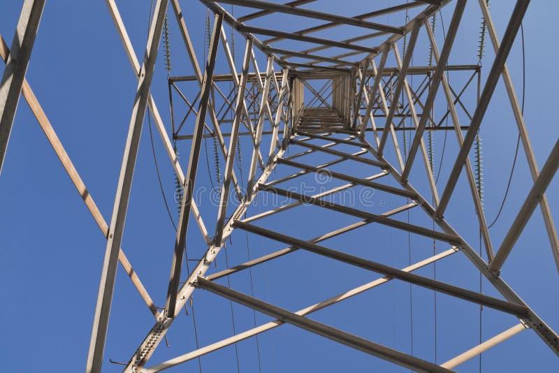 Elektrische toren van onderaan stock foto's