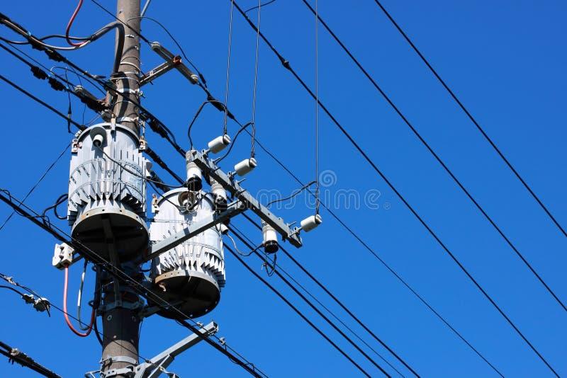 Elektrische transformator stock fotografie