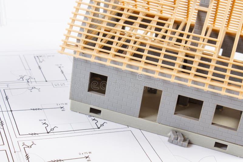 Download Elektrische Zeichnungen Und Diagramme Für Projekt Und Haus Im Bau,  Hauptkonzept Aufbauend Stockbild
