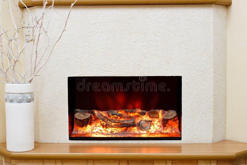Elektrischer Kamin stockfoto