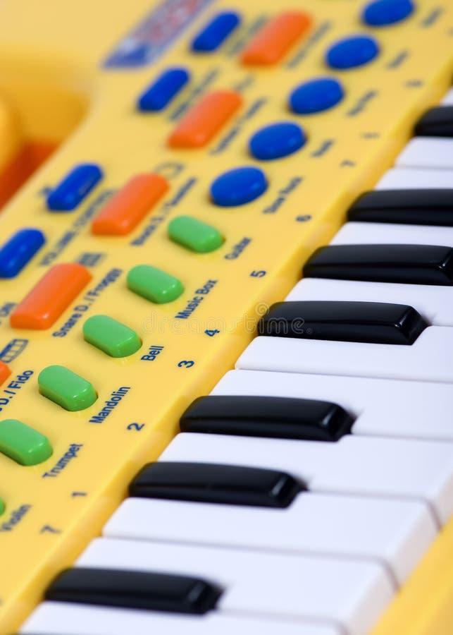 Elektrisches Klavier des Kindes stockfotos