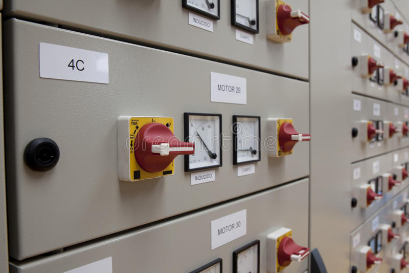 Elektrisches Panel der Zellen lizenzfreie stockbilder