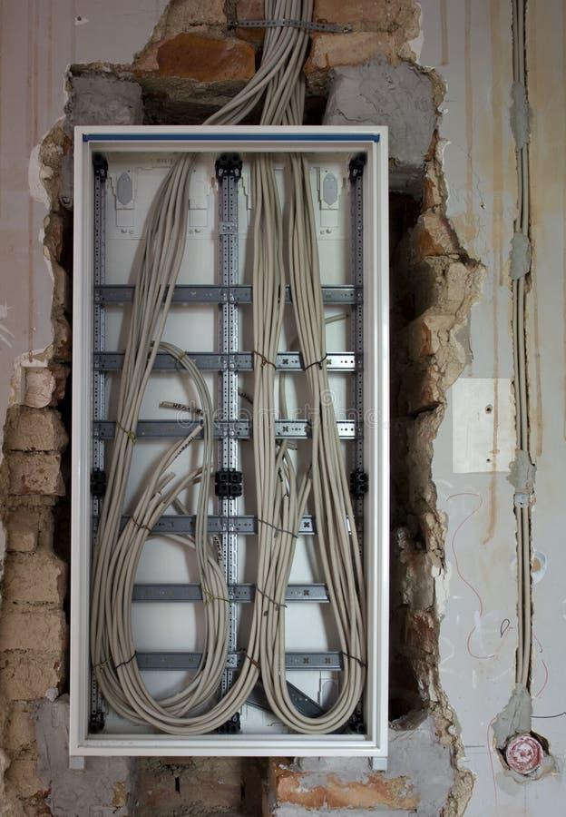 Elektrisches Panel im Gebäude stockfotos