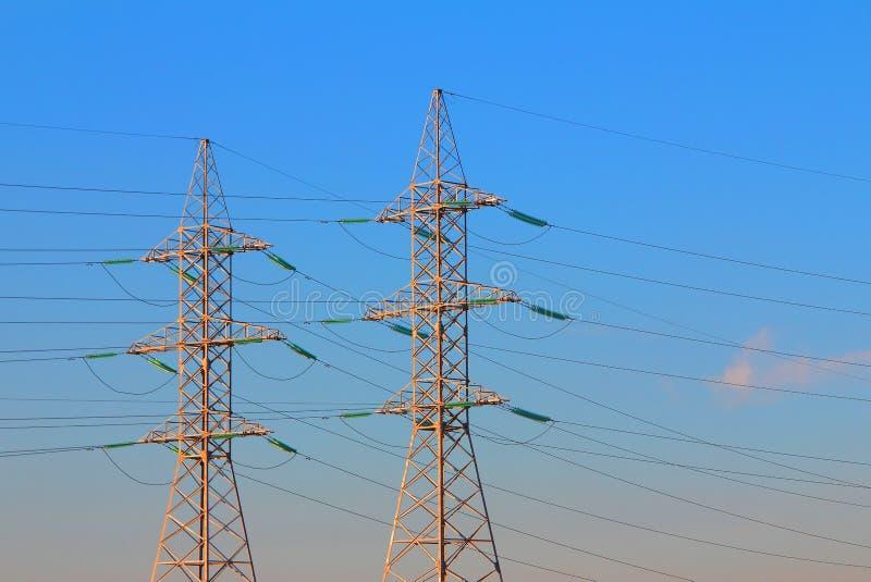 elektrisk överföring för strömtorn arkivfoton