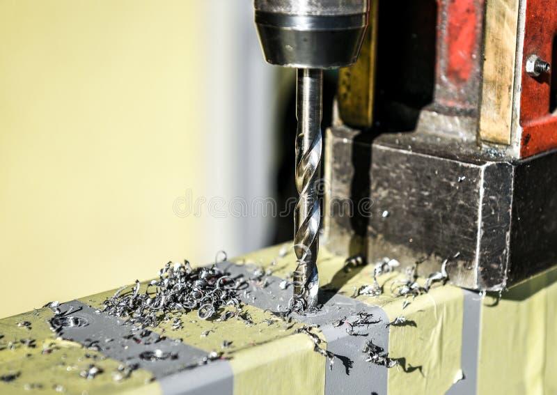 Elektrisk closeup för borrandemaskin i metallseminarium arkivfoto