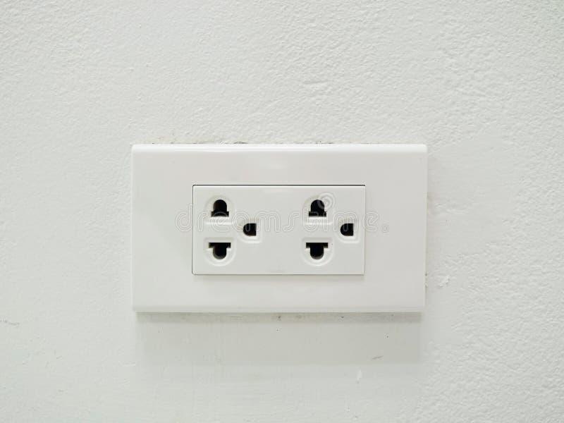 elektrisk propp royaltyfria bilder
