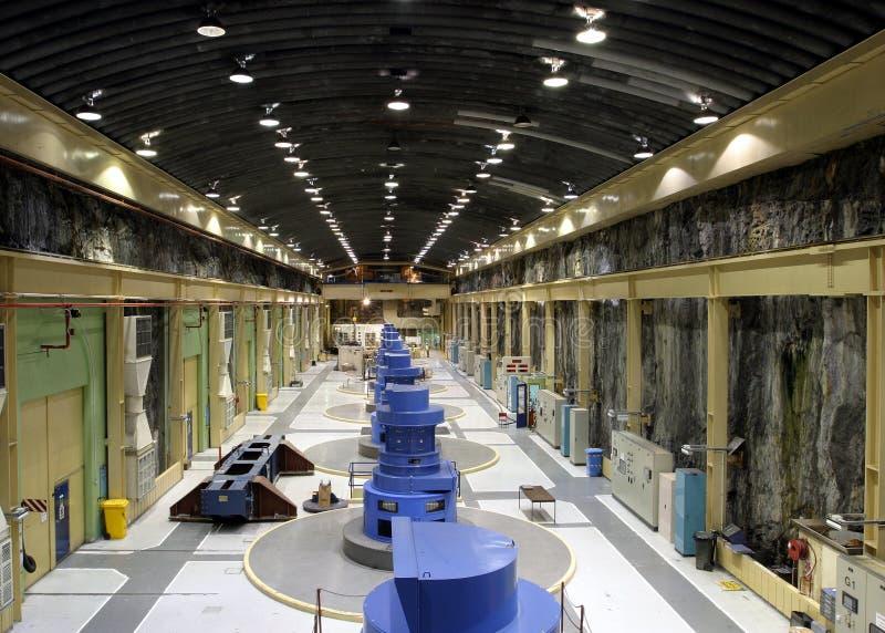 elektrisk turbin för strömstation arkivfoton