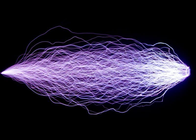 elektrisk urladdning Konstgjort skapade gnistaurladdningar fotografering för bildbyråer