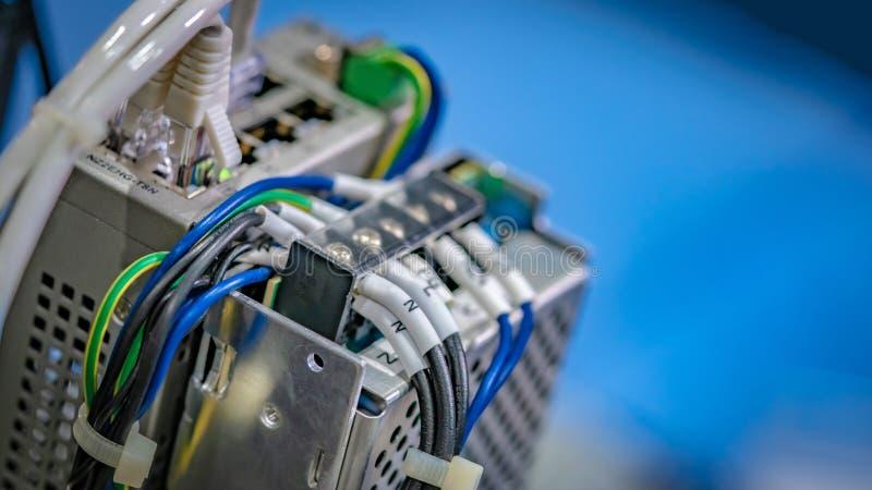 Elektrisk uttagutrustning på apparaten arkivbilder