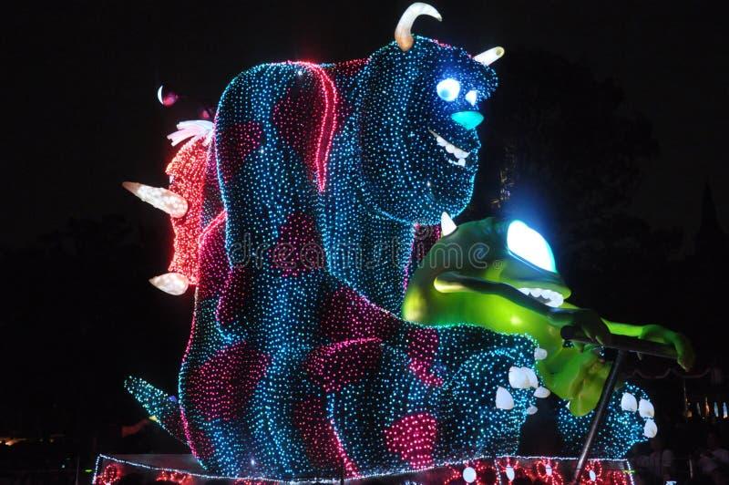 Elektriskt Tokyo Disney land ståtar. arkivfoton