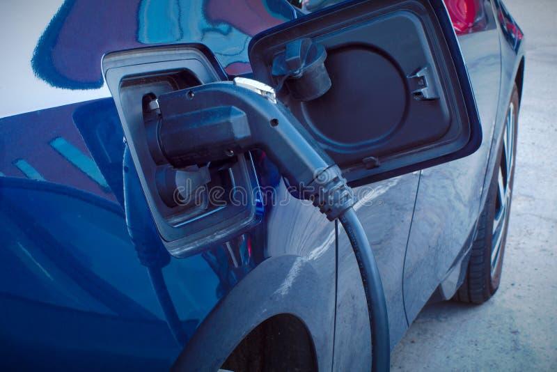 Elektro-Mobil-Kraftwerk-Kabelalternative des Autos schnelle Aufladungs lizenzfreies stockbild