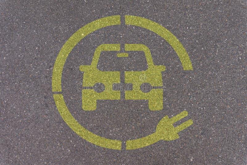 Elektroauto-parkende Station stockfotografie