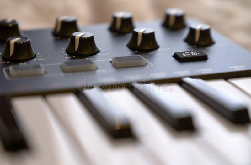 elektroniczny klawiaturowy pianino obraz royalty free
