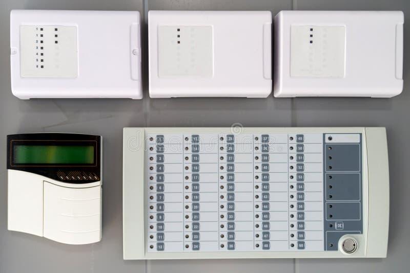 Elektroniczny sprzÄ™t do sterowania maszynowniÄ… i systemem alarmowym zdjęcia stock